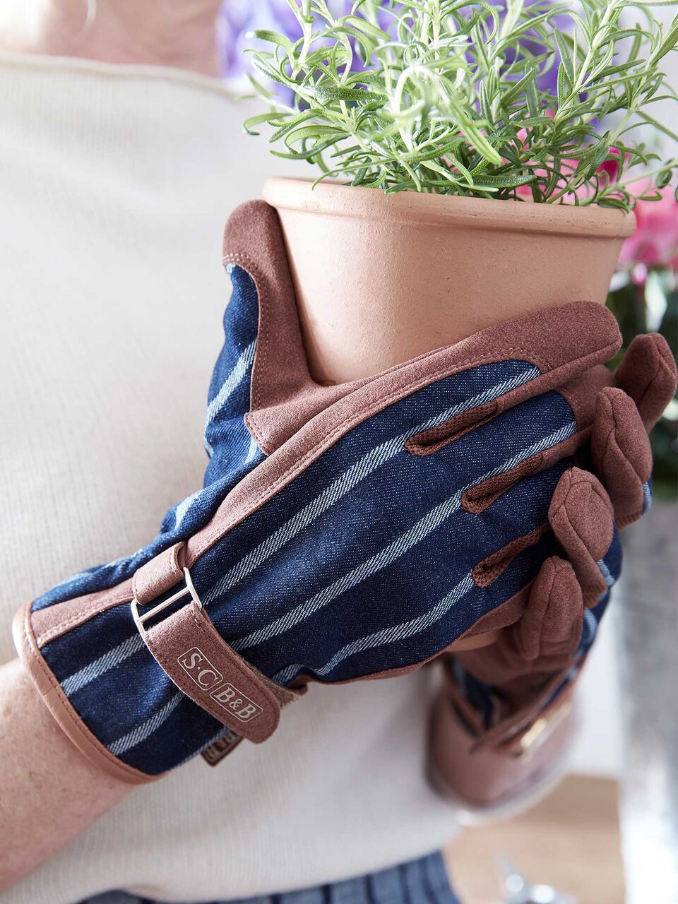 Comfortable Designer Gardening Gloves Images   Landscaping Ideas .