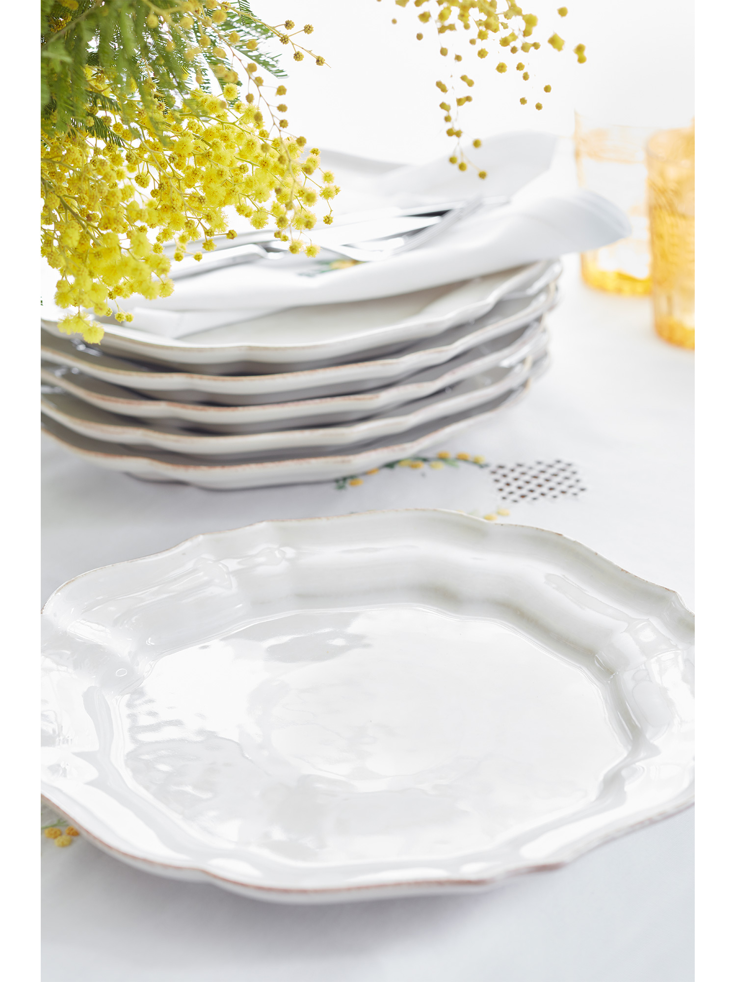 French White Fluted Dinner Plates - Set of Six  sc 1 st  Sophie Conran : white tableware - Pezcame.Com